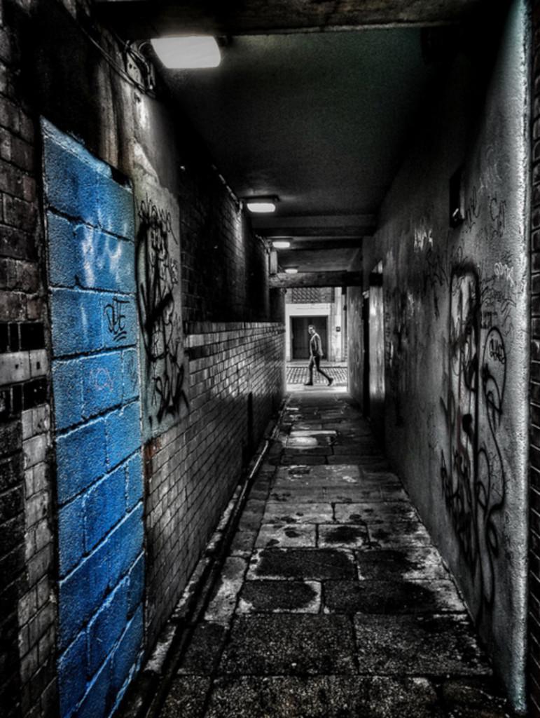 Dublin Alleyway (Jamie Tanner)